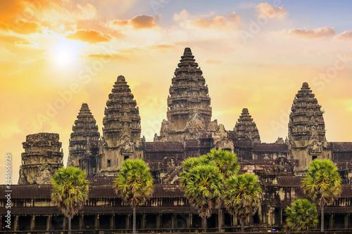 фотография  sunrise at Ankor Wat, Siem Reap, Cambodia