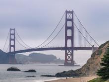 Stürmische Golden Gate Bridge