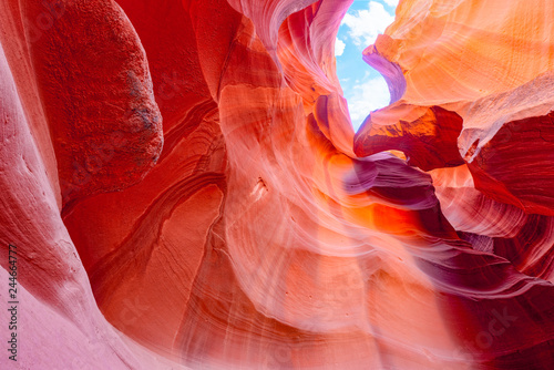 Spoed Fotobehang Antilope Antelope Canyon is a slot canyon in the American Southwest.