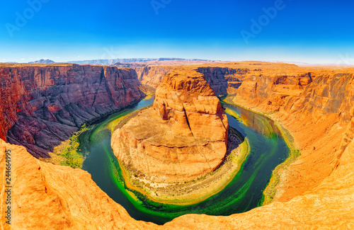Keuken foto achterwand Verenigde Staten Horseshoe Bend is a horseshoe-shaped incised meander of the Colorado River.