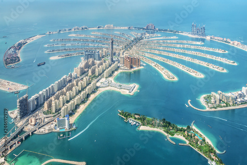 Poster Dubai Aerial view of Dubai Palm Jumeirah island, United Arab Emirates