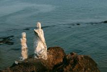 Dona Paula Statue At Dona Paul...