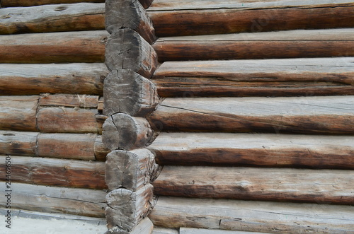 Photographie  An example of the construction of a wooden house of logs in the 19th century