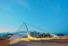 The Samuel Beckett Bridge In N...