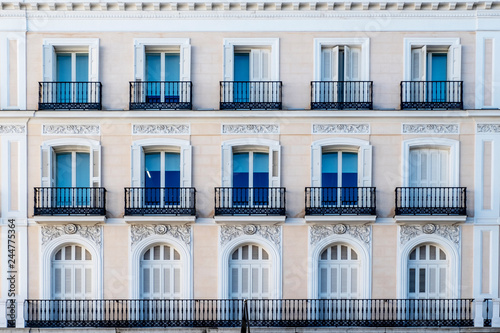 decorated and classical facade in Madrid city - fototapety na wymiar