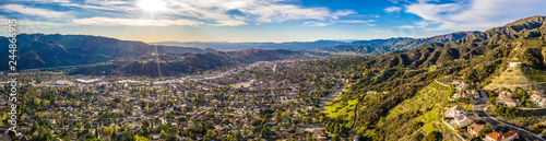 Photo  Los Angeles Highlands Norden Vorort Aerial Landschaft Berge USA Kalifornien