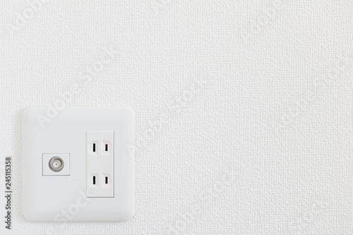 Canvastavla 電気のコンセントとテレビのコンセント