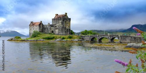 Foto op Plexiglas Historisch geb. Eilean Donan Castle
