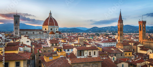 In de dag Centraal Europa Panoramic view of Florence sunset city skyline with Cathedral and bell tower Duomo and Palazzo del Bargello. Florence, Italy.
