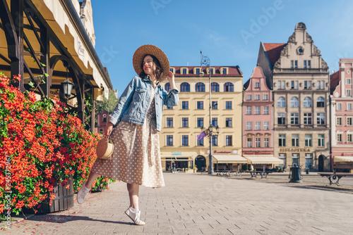 Cuadros en Lienzo  Attractive girl in Poland