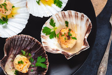 Seared Scallops Shell With But...