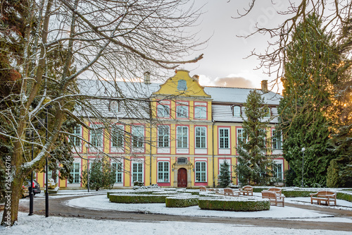 Cadres-photo bureau Paris Abbots Palace built in the rococo style and located in Oliwa park. Winter scenery. Gdansk, Poland
