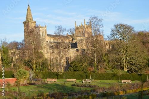 Obraz na plátně Dunfermline Abbey on a sunny December day, Fife, Scotland