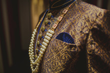 Traditional Suit Indian To Wedding