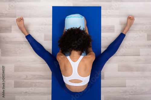Canvas Slim Young Woman Exercising At Home