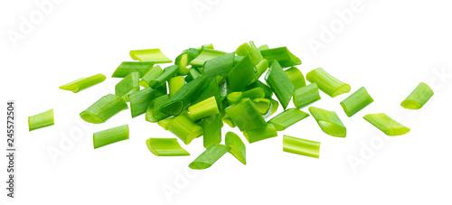 Fototapeta Chopped chives, fresh green onions isolated on white background obraz
