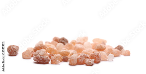 Fotobehang Kruiderij Himalayan salt grains isolated on white background, macro and clipping path
