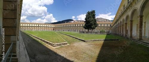 Fotografie, Obraz  Certosa di Padula - Panoramica del Chiostro Grande
