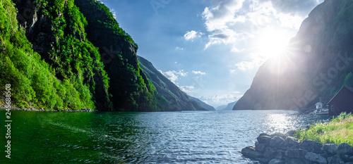 Fjord in Norwegen Fototapet