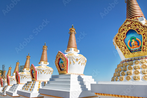Fotografia  Stupas at Chagdud Gonpa Khadro Ling Buddhist Temple - Tres Coroas, Rio Grande do
