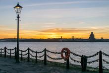 Albert Dock Liverpool Skyline ...
