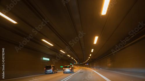 Papiers peints Tunnel Autobahn Tunnel