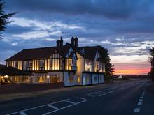 Europe, UK, England, Buckinghamshire Pub