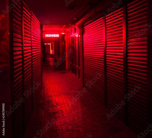 obraz dibond red-light street