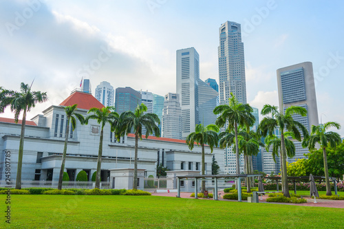 Foto op Canvas Aziatische Plekken Singapore parliament and modern cityscape