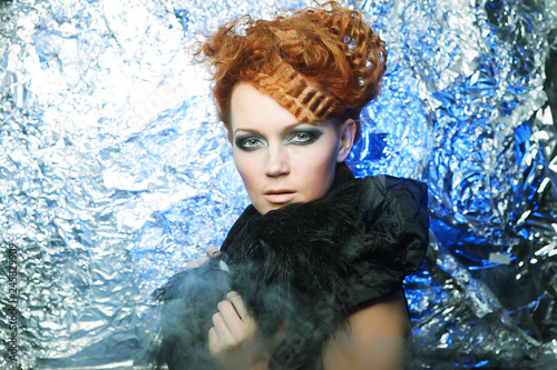 Poster Inspiration painterly redhair woman on silver background