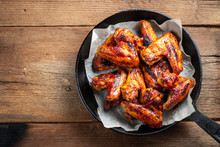 Baked Chicken Wings In Barbecu...