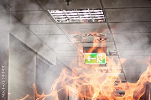 Fotografiet  Fire in the office building