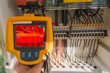 Thermoscan(thermal Image Camera), Industrial Equipment Used For Checking The Internal Temperature Of The Machine For Preventive Maintenance