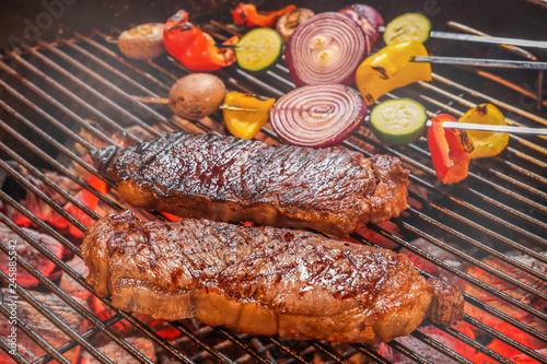 厚切り炭火焼ステーキ Thick slice grilled steak
