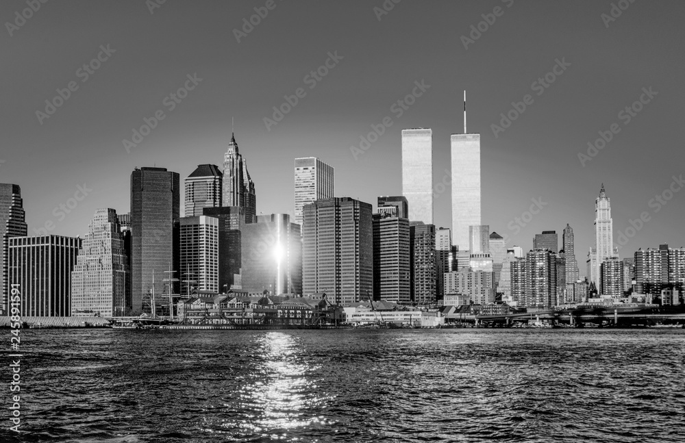 Fototapeta twin towers in New York in sunset