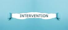 Intervention Auf Gerissenen Papier