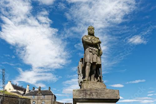 Fotobehang Historisch mon. Schottland - Stirling - Robert the Bruce Statue