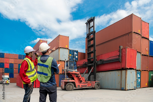 Business logistic concept, import and export concept.. Tablou Canvas