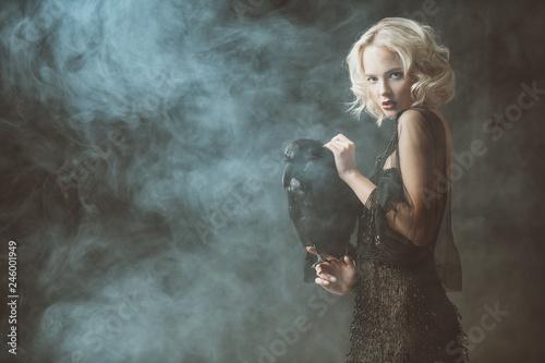 Fotografie, Obraz  woman with raven
