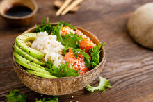 Hawaiian Poke Coconut Bowl Wit...