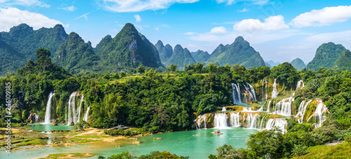 Printed kitchen splashbacks Forest river Detian Falls in Guangxi, China and Banyue Falls in Vietnam..