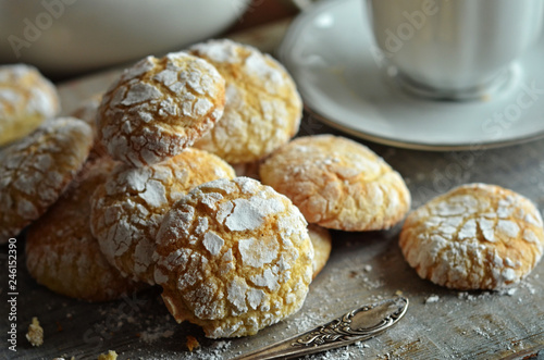 Valokuva  Almonds crinkles on a wooden background