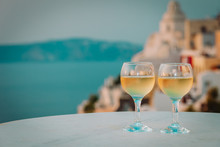 Romantic Vacation In Greece -t...