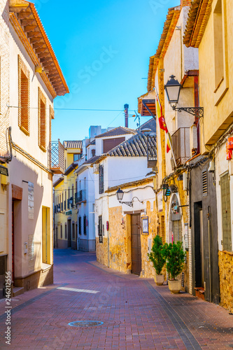 Printed kitchen splashbacks Narrow alley a narrow street in the spanish town Consuegra