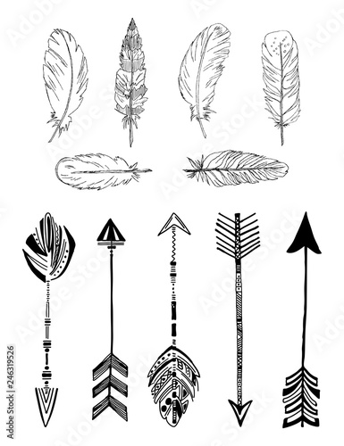 Foto auf AluDibond Boho-Stil Rustic Ethnic boho style feathers and arrows. Vintage vector set.