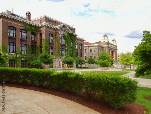 Valokuva  Syracuse University campus