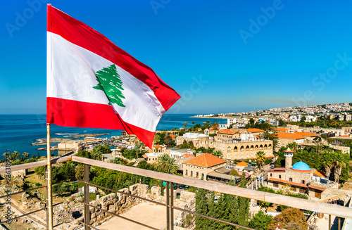 Stampa su Tela Flag of Lebanon at Byblos Castle
