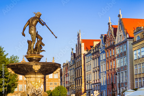 Photo Poland, Gdansk, Famous Neptune fountain at sunset