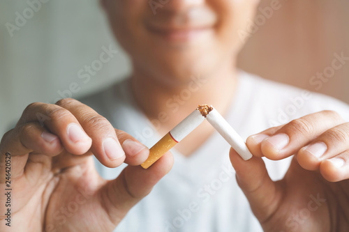 Fotografia, Obraz Man refusing cigarettes concept for quitting smoking and healthy lifestyle