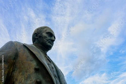In de dag Historisch mon. Andres Quintana Roo statue